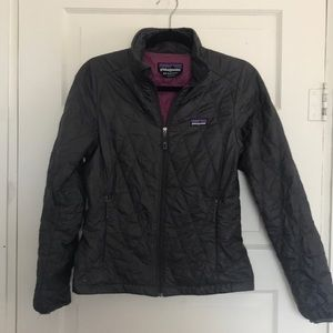 Women's Patagonia lightweight puffer jacket